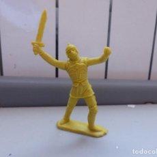 Figuras de Goma y PVC: FIGURA MEDIEVAL CRUZADOS VIKINGOS MOYA REG PIPERO. Lote 102780275