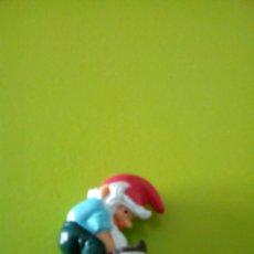 Figuras Kinder: ENANITO LAVANDO FERRERO. Lote 103270395