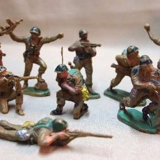 Figuras de Goma y PVC: LOTE DE 12 FIGURAS DE GOMA, AMERICANOS EN COMBATE, COMPLETA, PECH HERMANOS, 1950S. Lote 103368007