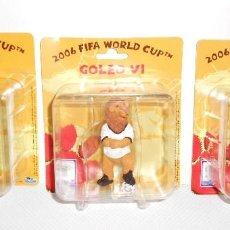 Figuras de Goma y PVC: 3 X FIGURAS PVC MASCOTE MUNDIAL FIFA 2006 - GOLEO. Lote 158386472