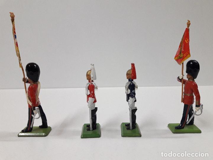 Figuras de Goma y PVC: FIGURAS DEL DESFILE DE LA GUARDIA INGLESA . REALIZADAS POR BRITAINS - Foto 3 - 103850067