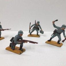 Figuras de Goma y PVC: SOLDADOS ALEMANES EN ACCION . REALIZADOS POR BRITAINS. Lote 103855791