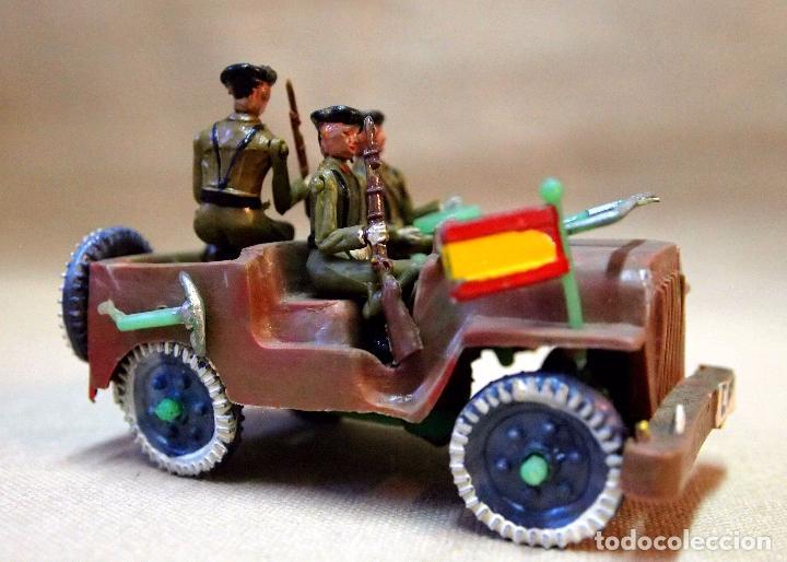 ANTIGUO JEEP MILITAR, SOLDADOS, FABRICADO POR SOTORRES, 1960S (Juguetes - Figuras de Goma y Pvc - Sotorres)
