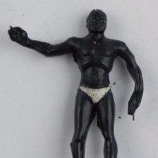 Figuras de Goma y PVC: FIGURA DE NEGRO DE GOMA, ARCLA, CON ALAMBRES, SERIE TARZAN AÑOS 50, TAL COMO SE VE EN LAS FOTOGRAFIA. Lote 104036471