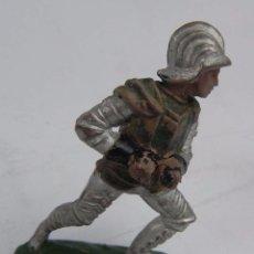 Figuras de Goma y PVC: FIGURA REAMSA SERIE TORNEO REAL, Nº 124. AÑOS 50. EN GOMA. Lote 104151175