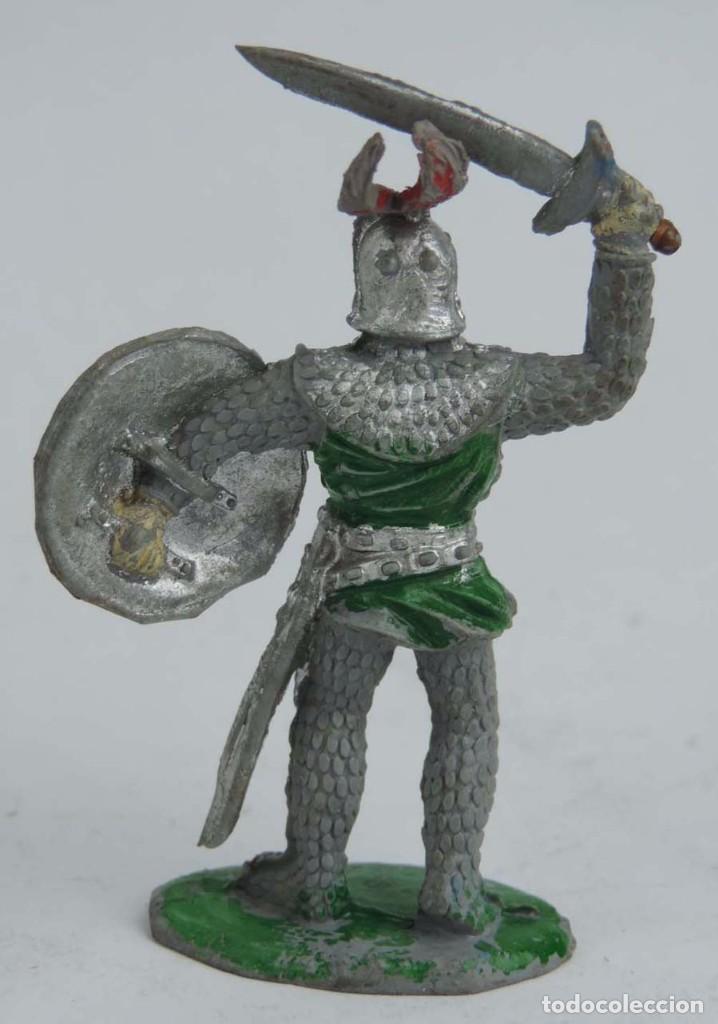 Figuras de Goma y PVC: FIGURA MEDIEVAL DE GOMA LAFREDO, PINTURA ORIGINAL, PINTURA ORIGINAL, AÑOS 50, MIDE 6,5 CMS. - Foto 2 - 104254011