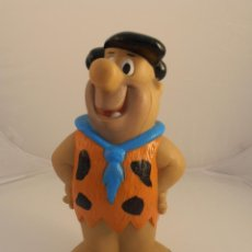 Figuras de Goma y PVC: HUCHA PLASTICO DURO PEDRO PICAPIEDRA, VIAL SPAIN. Lote 104728755