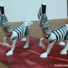 Figuras de Goma y PVC: FIGURA/ANIMAL.-VARIEDAD DE CEBRA.-LOTE DE 2. Lote 104802283