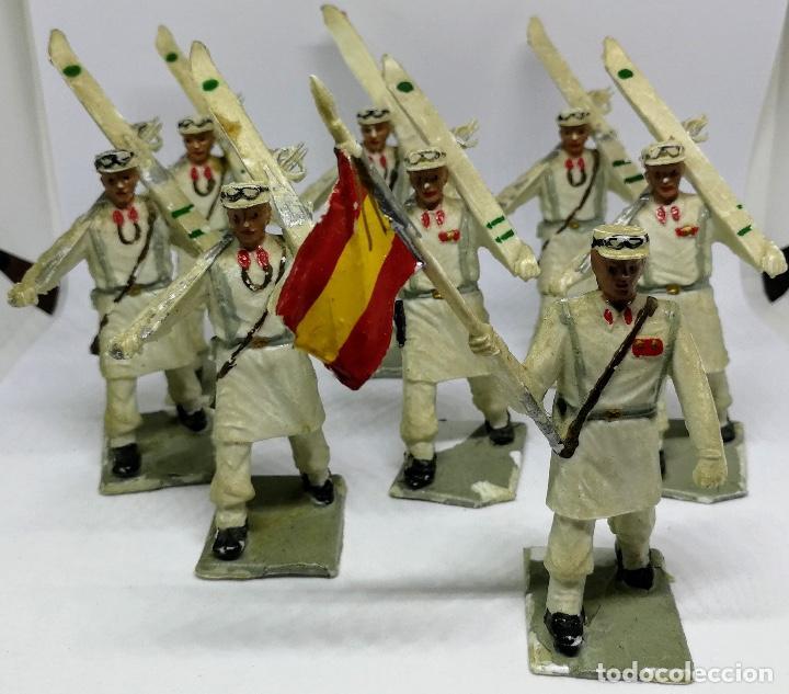 ANTIGUAS 8 FIGURAS DE GOMA DE REAMSA GOMARSA SOLDIS - SERIE DESFILE TROPA DE MONTAÑA - AÑOS 60 - CAZ (Juguetes - Figuras de Goma y Pvc - Reamsa y Gomarsa)