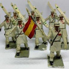 Figuras de Goma y PVC: ANTIGUAS 8 FIGURAS DE GOMA DE REAMSA GOMARSA SOLDIS - SERIE DESFILE TROPA DE MONTAÑA - AÑOS 60 - CAZ. Lote 204322827