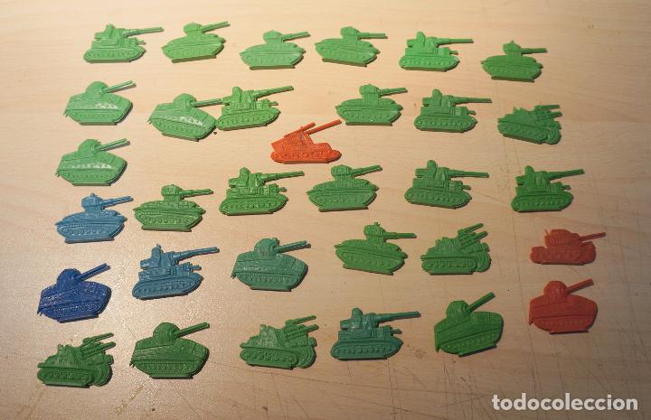 LOTE DE 32 TANQUES MONTAPLEX (Juguetes - Figuras de Goma y Pvc - Montaplex)