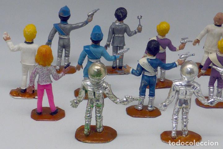 Figuras de Goma y PVC: 14 figuras Thunderbirds Comansi serie TV Caja El Alunizaje plástico años 60 - Foto 5 - 105903851