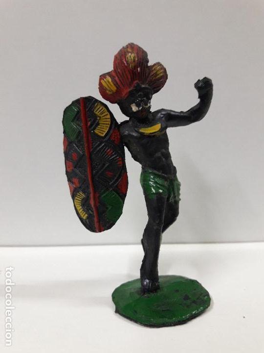 Figuras de Goma y PVC: GUERRERO AFRICANO NEGRO . REALIZADO POR ARCLA . AÑOS 50 EN GOMA - Foto 3 - 106009951
