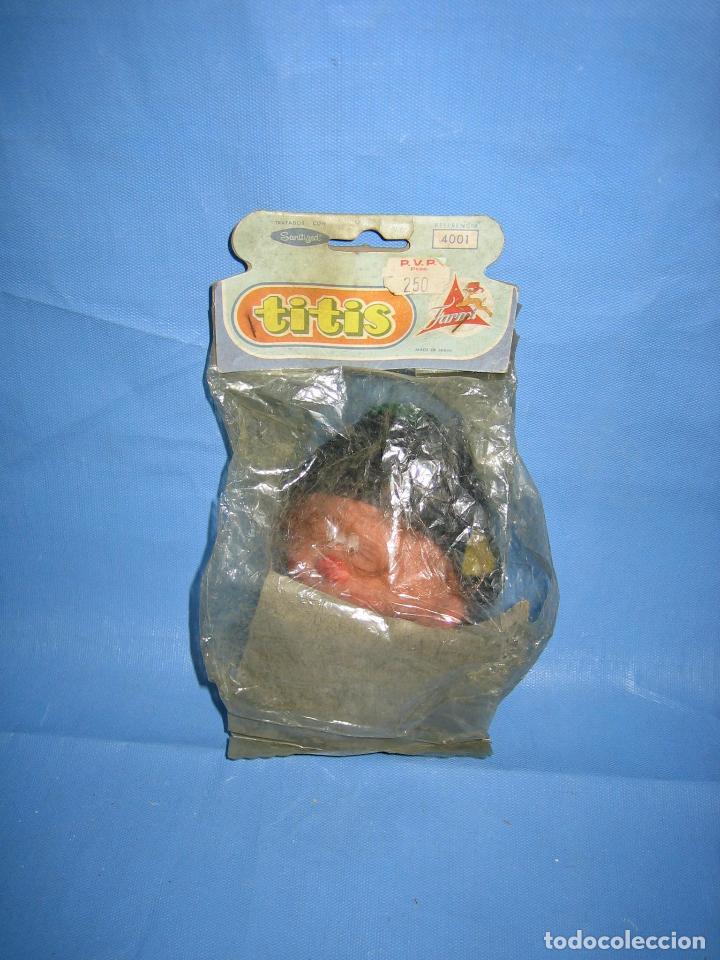 Figuras de Goma y PVC: Antiguo muñeco de juguetes Farmi años 70 o 80 - Foto 2 - 106584515