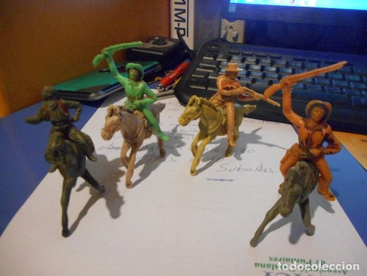 4 VAQUEROS A CABALLO JECSAN PECH COMANSI (Juguetes - Figuras de Goma y Pvc - Pech)