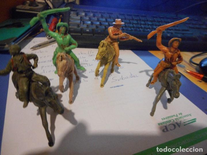 Figuras de Goma y PVC: 4 vaqueros a caballo jecsan pech comansi - Foto 2 - 106669095