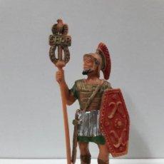 Figuras de Goma y PVC: SOLDADO ROMANO CON ESTANDARTE . REALIZADO POR REAMSA . ORIGINAL AÑOS 60. Lote 106939839