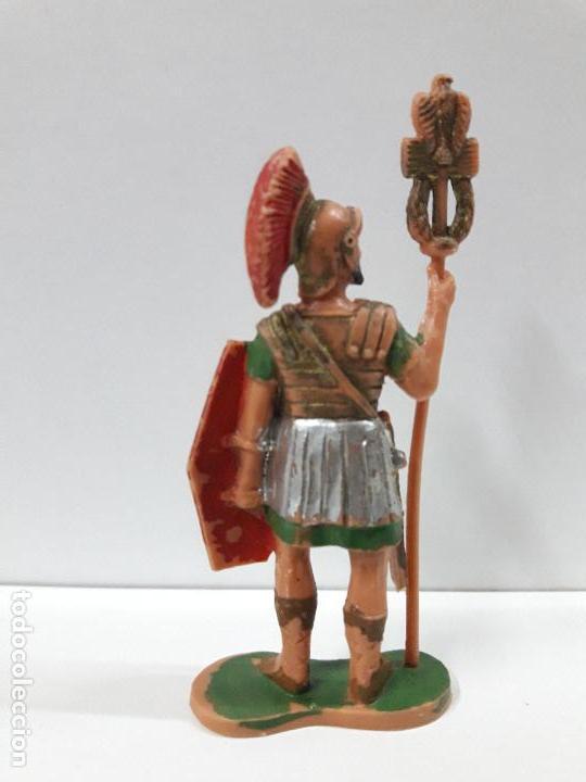 Figuras de Goma y PVC: SOLDADO ROMANO CON ESTANDARTE . REALIZADO POR REAMSA . ORIGINAL AÑOS 60 - Foto 2 - 106939839