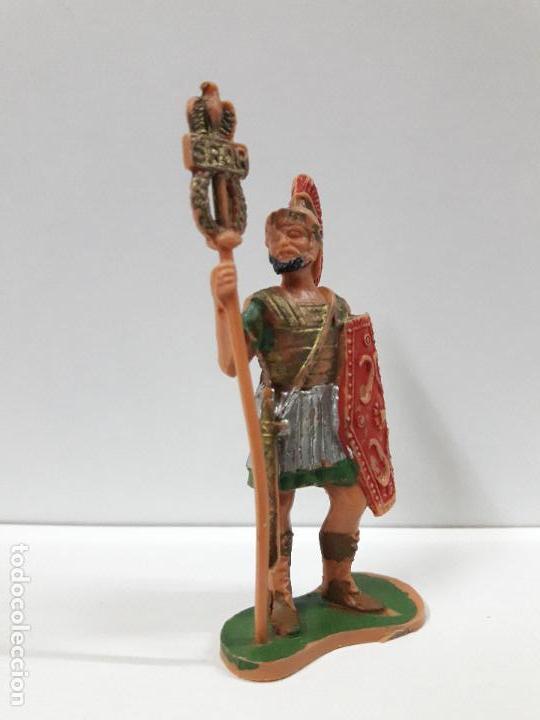 Figuras de Goma y PVC: SOLDADO ROMANO CON ESTANDARTE . REALIZADO POR REAMSA . ORIGINAL AÑOS 60 - Foto 3 - 106939839