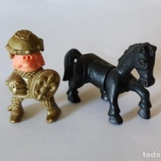 Figuras Kinder: CABALLERO Y CABALLO. KINDER. AÑO 1990 APROX.. Lote 107306647