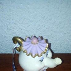 Figuras de Goma y PVC: PVC CAFETERA TETERA SEÑORA POPS LA BELLA Y LA BESTIA. Lote 107420679