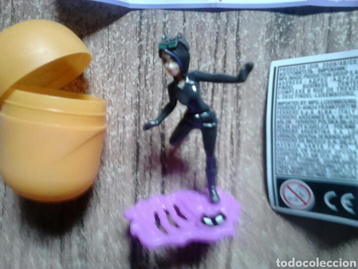 Figuras Kinder: Colección huevo kinder,se277,super hero girls,ideal coleccionistas - Foto 2 - 119484491