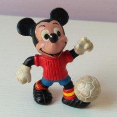 Figuras de Goma y PVC: FIGURA PVC DISNEY MICKEY MOUSE FUTBOL ESPAÑA VINTAGE EURA COMICS SPAIN. Lote 108412271