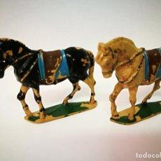 Figuras de Goma y PVC: TEIXIDO, 2 CABALLOS DE GOMA. Lote 109098223