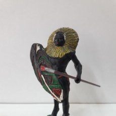Figuras de Goma y PVC: GUERRERO AFRICANO NEGRO . REALIZADO POR ARCLA . AÑOS 50 EN GOMA. Lote 109815783