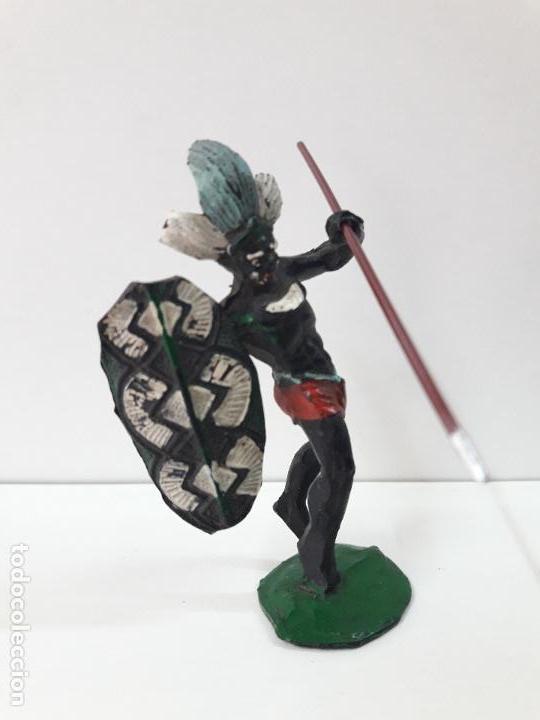 Figuras de Goma y PVC: GUERRERO AFRICANO NEGRO . REALIZADO POR ARCLA . AÑOS 50 EN GOMA - Foto 2 - 109815919