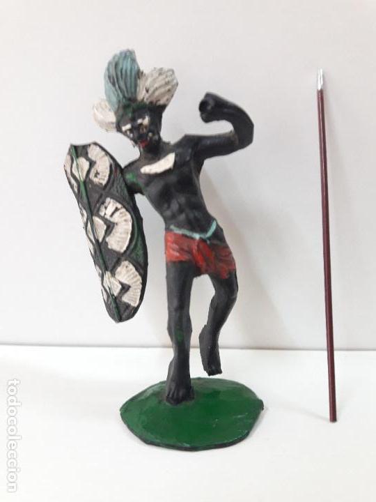 Figuras de Goma y PVC: GUERRERO AFRICANO NEGRO . REALIZADO POR ARCLA . AÑOS 50 EN GOMA - Foto 4 - 109815919
