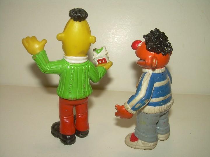 Figuras de Goma y PVC: ANTIGUAS FIGURAS....EPI Y BLAS. - Foto 2 - 109872671