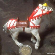 Figuras de Goma y PVC: CABALLO MEDIEVAL BULLYLAND. Lote 110170175