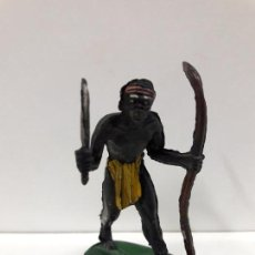 Figuras de Borracha e PVC: GUERRERO - PORTEADOR AFRICANO . REALIZADO POR PECH . SERIE SAFARI . AÑOS 50 EN GOMA. Lote 110180855