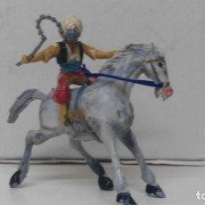 Figuras de Goma y PVC: ANTIGUA FIGURA DE ESTEREOPLAST A CABALLO MUY DIFICIL. Lote 110184579