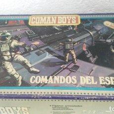 Figuras de Goma y PVC: CAJA ANTIGUA COMANSI COMAN BOYS COMANDOS DEL ESPACIO. Lote 110196491