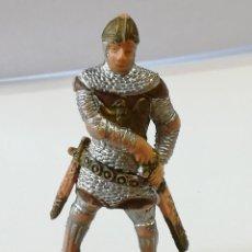 Figuras de Goma y PVC: FIGURA DE PLÁSTICO GUERRERO MEDIEVAL REAMSA SERIE TORNEO CRUZADOS ARTURO REY LEÓN. Lote 110644943
