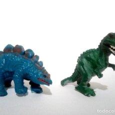 Figuras de Goma y PVC: LOTE DE 2 ANTIGUAS FIGURAS DE GOMA PVC YOLANDA DINOSAURIOS 1989 DINOS MUÑECOS. Lote 110840795
