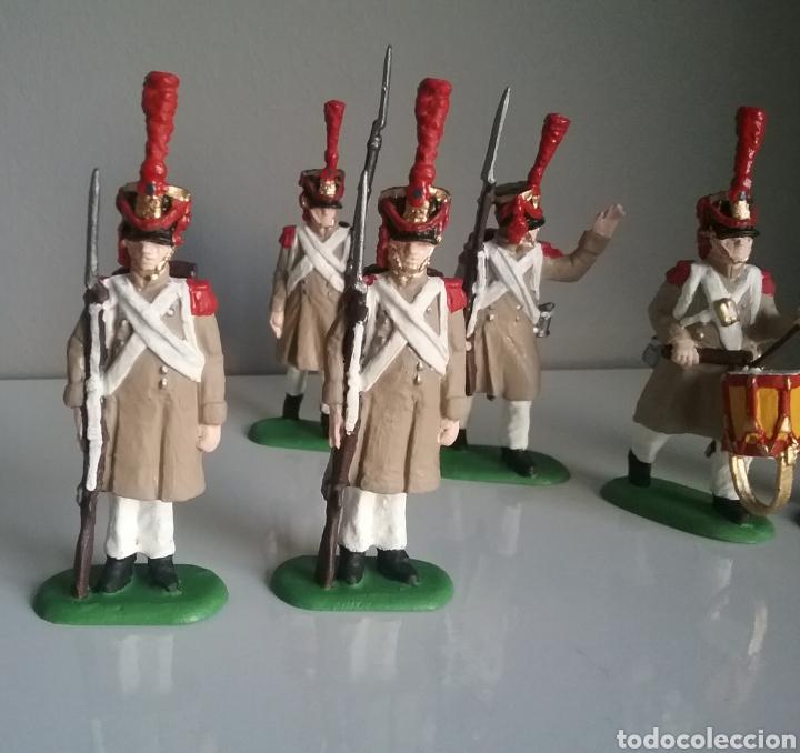 Figuras de Goma y PVC: Soldados napoleónicos franceses de infanteria (Grenadiers) de HAT, compat.Airfix en escala Britains - Foto 6 - 111042702