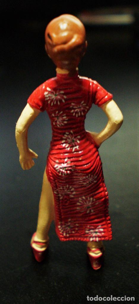 Figuras de Goma y PVC: Figura Mary Jane Watson MARVEL película Spider-man Spiderman Vestido rojo 4,3cm Kinder - Foto 2 - 111067847