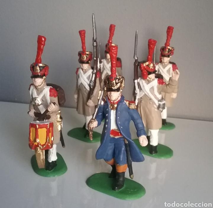 Figuras de Goma y PVC: Soldados napoleónicos franceses de infanteria (Grenadiers) de HAT, compat.Airfix en escala Britains - Foto 2 - 111042702