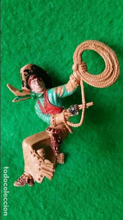 Figuras de Goma y PVC: VAQUEROS PISTOLEROS A CABALLO DE LAFREDO - Foto 5 - 111193327