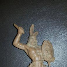 Figuras de Goma y PVC: ANTIGUA FIGURA INDIO PVC AÑOS 70. Lote 111288891