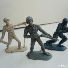 Figuras de Goma y PVC: 3 SOLDADOS DEL MUNDO - DE PLASTICO ITALIANO - GUERRA MUNDIAL - COMANSI Nº 1044 1045 1047 -AÑOS 70/80. Lote 111385439