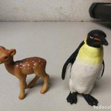 Figuras de Goma y PVC: DOS ANIMALES DE SCHLEICH PINGUINO Y CIERVO BAMBY. Lote 111424639