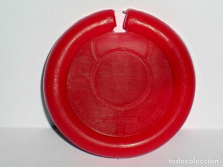 Figuras de Goma y PVC: Mercurio *rojo* Disco Platillo Space, incluye impulsor, Dunkin o similar, original años 70. - Foto 3 - 111581543