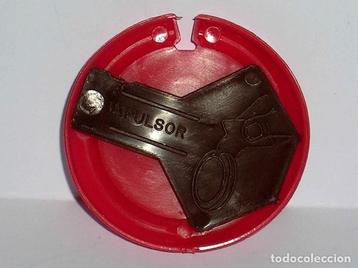 Figuras de Goma y PVC: Mercurio *rojo* Disco Platillo Space, incluye impulsor, Dunkin o similar, original años 70. - Foto 4 - 111581543