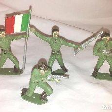 Figuras de Goma y PVC: EJERCITO ITALIANO 4 FIGURAS DE COMANSI AÑOS 70, ABANDERADO Y 3 SOLDADOS. Lote 111627635