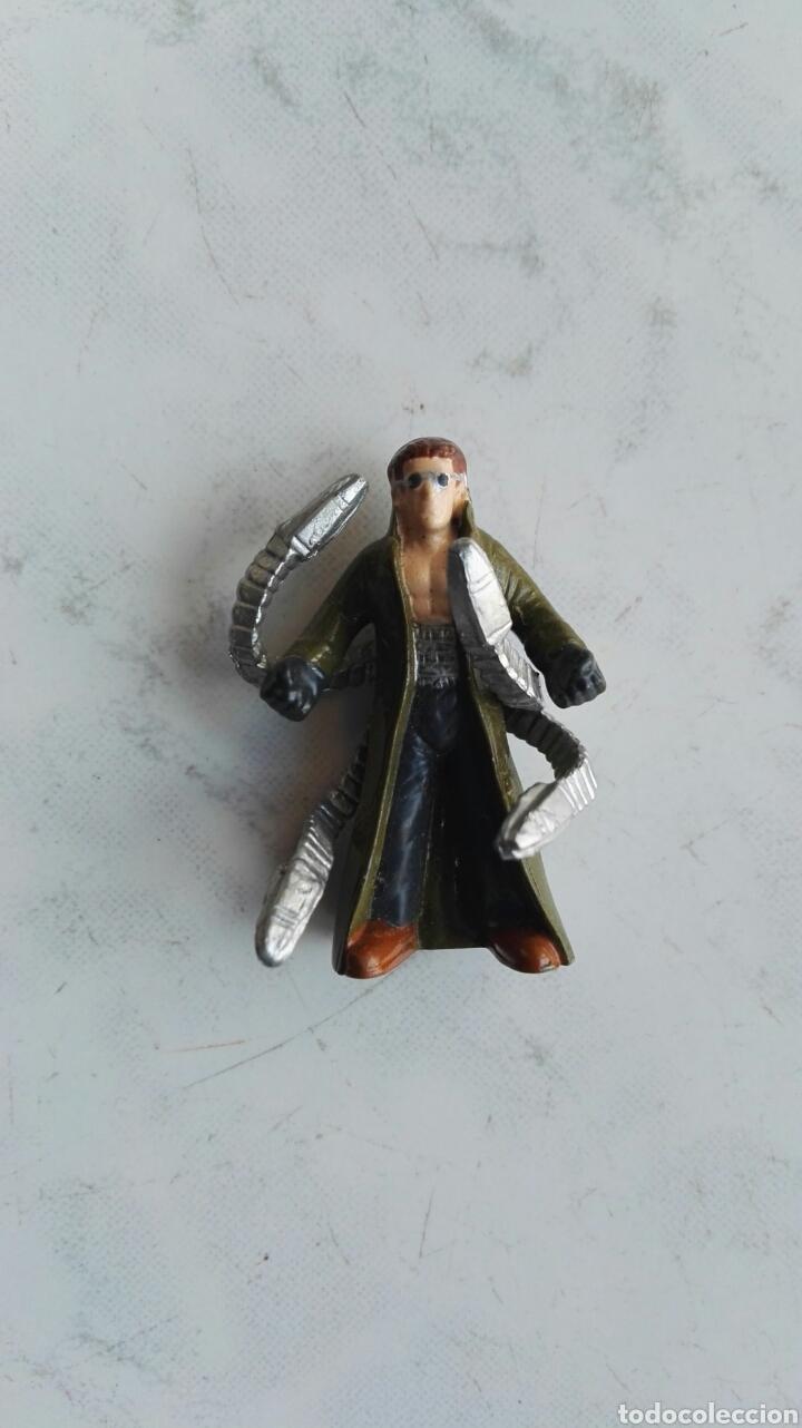MARVEL 2004 DOCTOR OCTOPUS FIGURA KINDER (Juguetes - Figuras de Gomas y Pvc - Kinder)