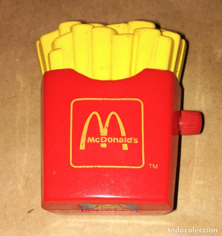 Figuras de Goma y PVC: Figura Birdie the Early Bird patatas fritas cuerda coche Happy Meal Mc Donalds 1995 - Foto 2 - 112015711